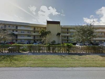 1638 Embassy Drive West Palm Beach 33401 Foreclosure